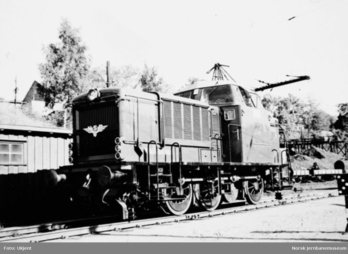 Diesellokomotiv type Di 2 nr. 823