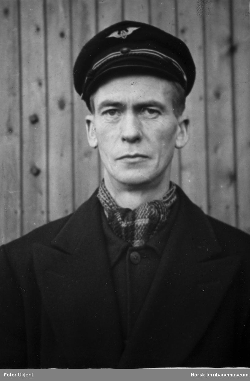 Personalbilder fra Mo i Rana stasjon : baneformann Harald Jakobsen