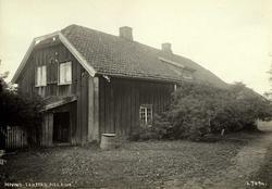 Hovind, Fenstad, Øvre Romerike, Nes, Akershus. Våningshus se