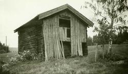 Loftbu, Tvengsberget, Grue Finnskog, Grue.Fotografert 1935.
