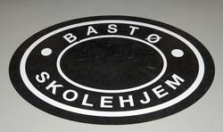 Gulvdekor laget med utgangspunkt i originalstempel fra Bastø