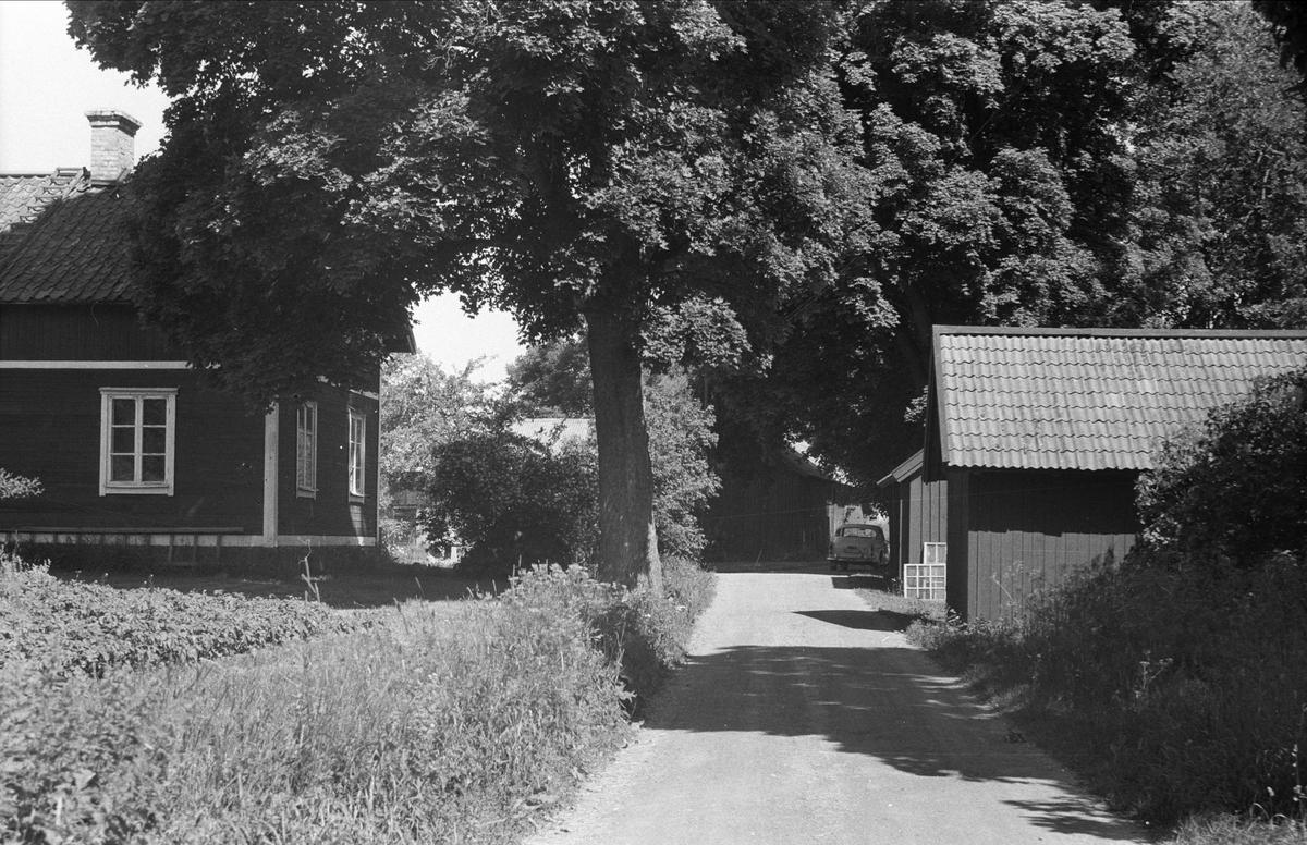 Vy över Lund 2:4, Björklinge socken, Uppland 1976