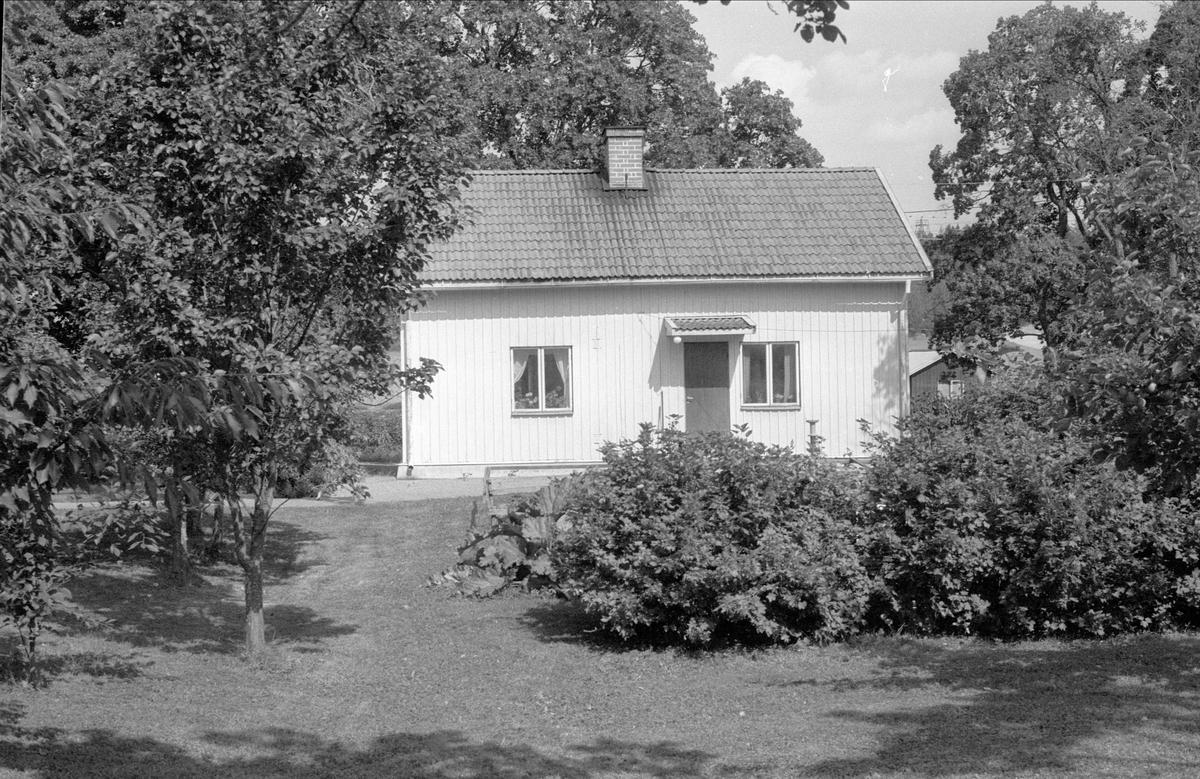Bostadshus, Ströby 2:7, Börje socken, Uppland 1983