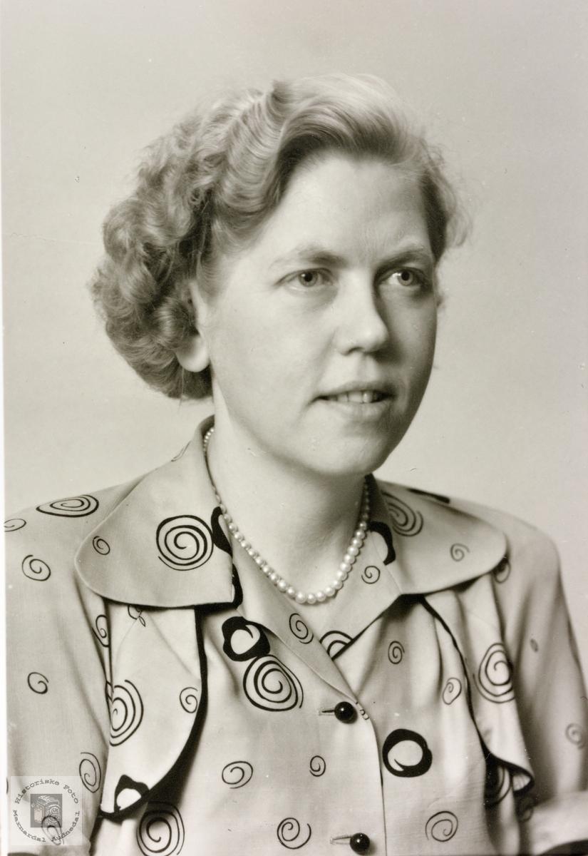 Portrett av Gudrun Laudal. Vigmostad.