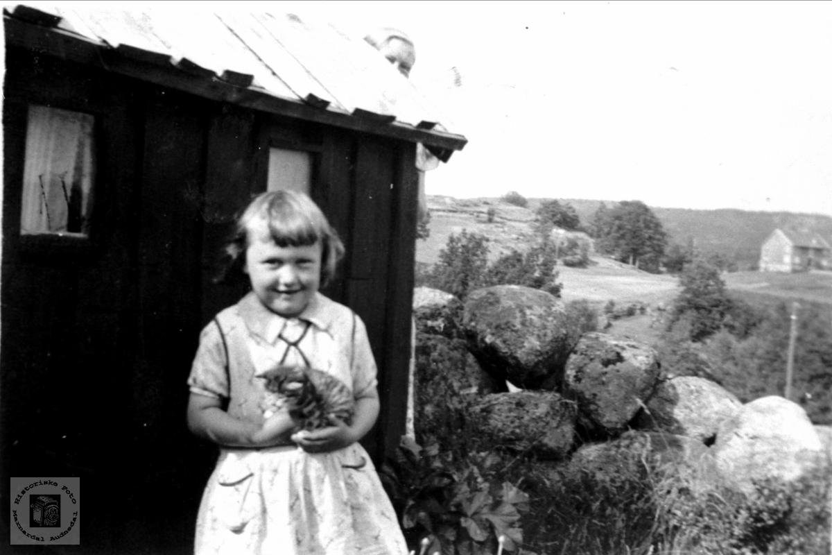 Portrett av Inger Mathilde Flåt gift Valborgland, Bjelland.