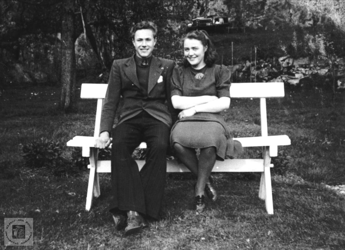 Søsken, Knut og Astri Lauvdal