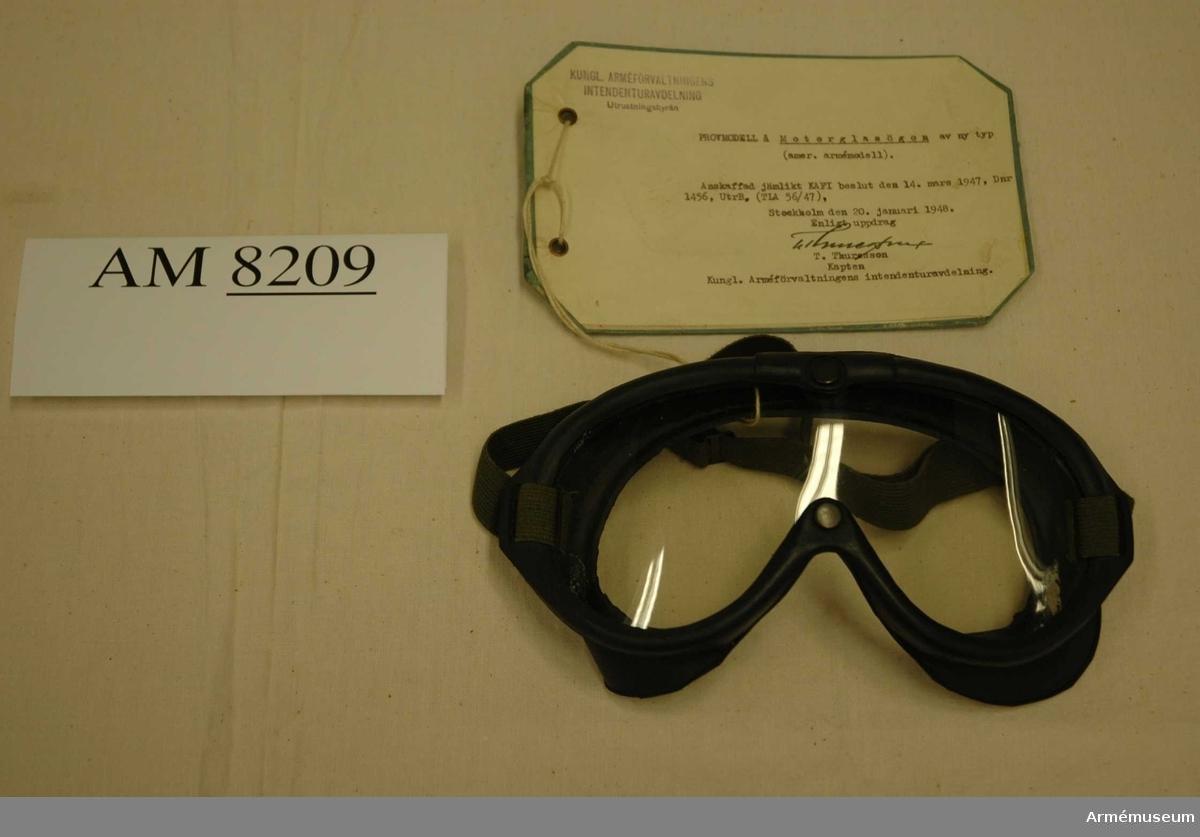 Av märket Polaroid Goggle M-1944.