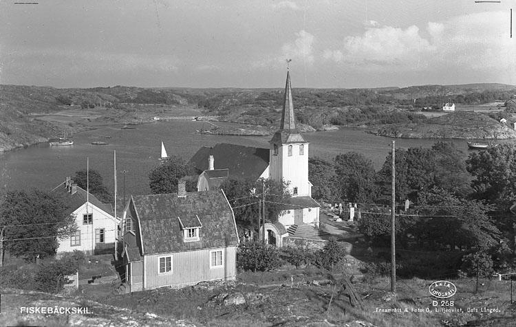 """Enligt AB Flygtrafik Bengtsfors: """"Fiskebäckskil kyrkan Bohuslän""""."""