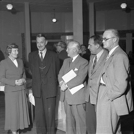 """Enligt notering: """"Bokhandlare i Bohusgården Sept 1949""""."""