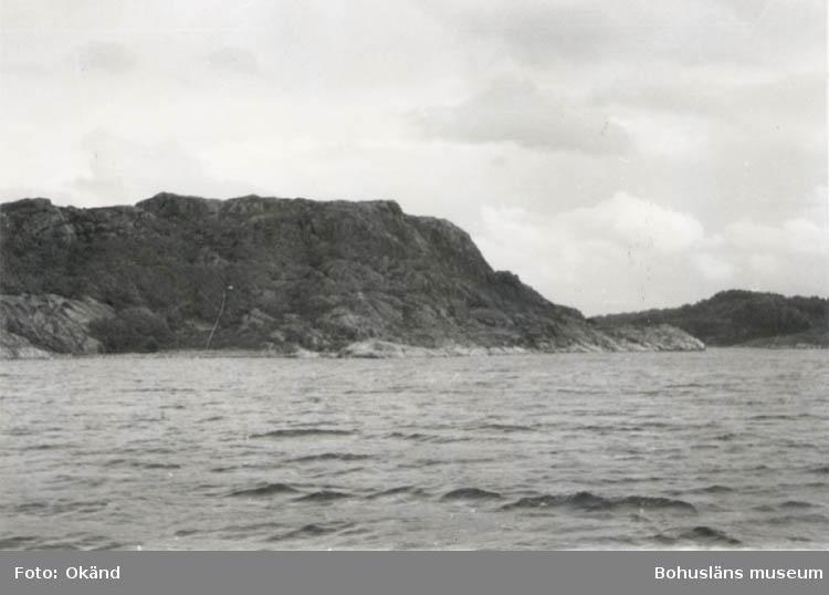 """Noterat på kortet: """"Mjölkvikskilen, Stigfjorden 11 Sept. 1955. Utsikt mot öster, in i kilen.  Till v. Mjörn."""""""