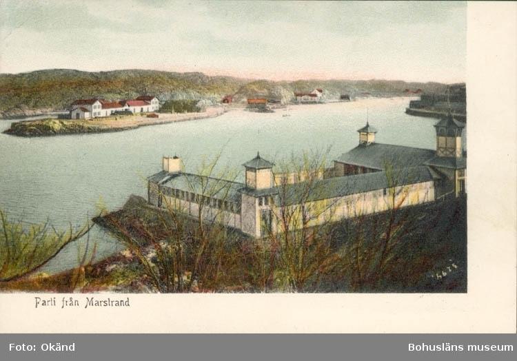 """Tryckt text på kortet: """"Parti från Marstrand."""" ::"""