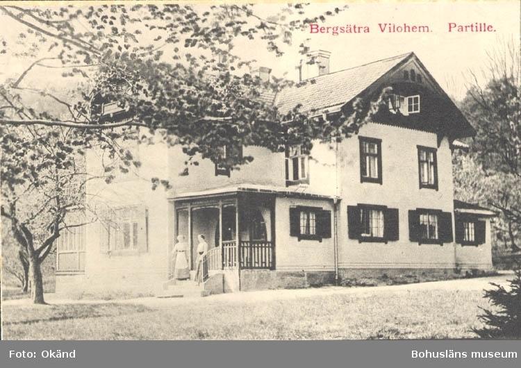 "Tryckt text på kortet: ""Bergsätra Vilohem. Partille."" ::"