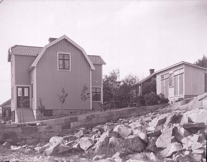 """Enligt text som medföljde bilden. """"Anders Hansson Åkerbräckslid 1925. Amidol?."""""""