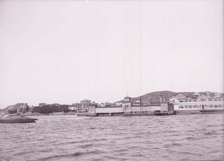 """Enligt text som medföljde bilden: """"Lysekil, Släggösund. Sept 09""""."""
