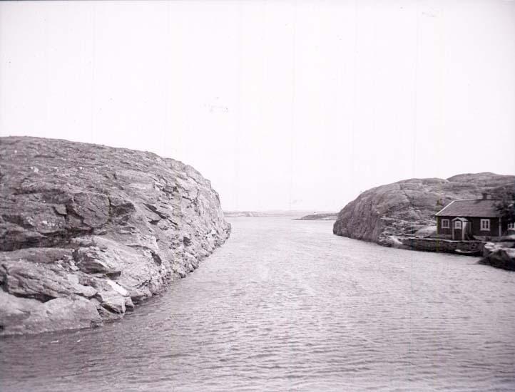 """Enligt text som medföljde bilden: """"Albrektsunds kanal."""""""