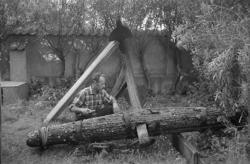 """Enligt fotografens notering: """"200-åriga ankaret vid Vikarvet"""