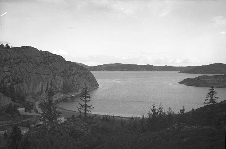 """Enligt fotografens noteringar: """"1932. Gårvik .....(?)"""""""
