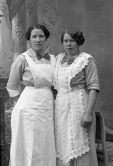 """Enligt fotografens journal Lyckorna 1909-1918: """"Westberg, Fr. Gerda Lyckorna""""."""