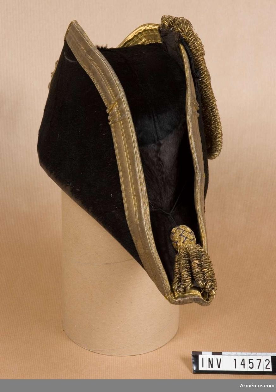 Grupp C I. Förmodad gåva från Albert Kantzow, friherre. Uniform buren av amiralen Herbert Kantzow, f. 1829, d. 1915.