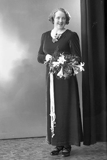 """Enligt fotografens journal nr 6 1930-1943: """"Karlsson, Stig Hjälteby""""."""