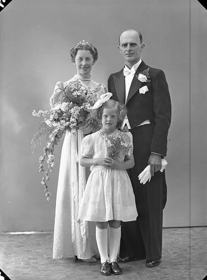 "Enligt fotografens journal nr 6 1930-1943: ""Carlsson, Herr Sigurd Box 4009 Hovfors""."