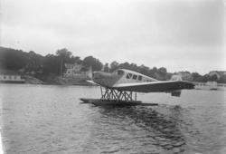 """Enligt fotografens journal nr 6 1930-1943: """"Flygningen vid S"""
