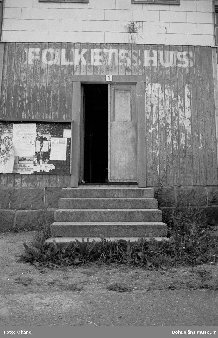 """Bohusläns samhälls- och näringsliv. 2. STENINDUSTRIN. Film: 37  Text som medföljde bilden: """"Exteriör F.H. Uleberg"""". Juli 1977."""""""