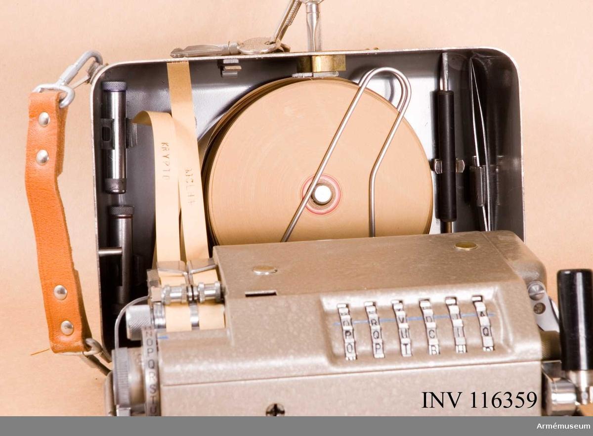 Med nycklar. I bruk mellan 1942 och 1971