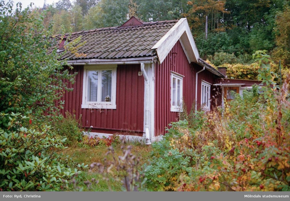 Ursprungsadress Roten I4 - Pixbovägen 4, blev till sist Sågdalsgatan 4.