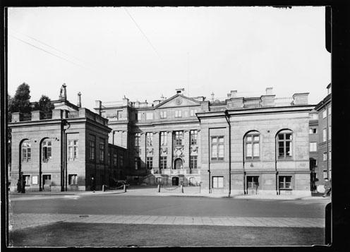 Frimärksförlaga till frimärket Riksdagen 500 år, utgivet 10/1 1935. Bondeska palatset.