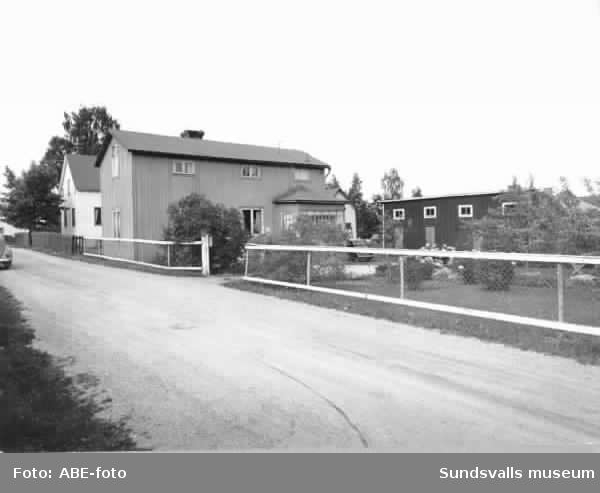 Parti av Karl Eriksgatan i gamla Skönsberg.