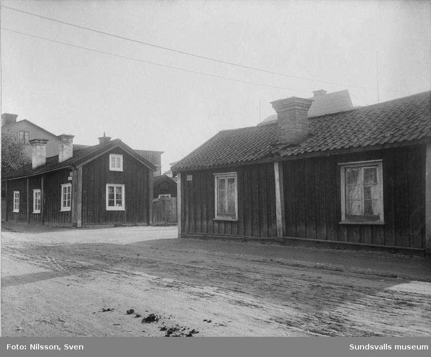 Parti av Norrmalmsgatan, från nordväst