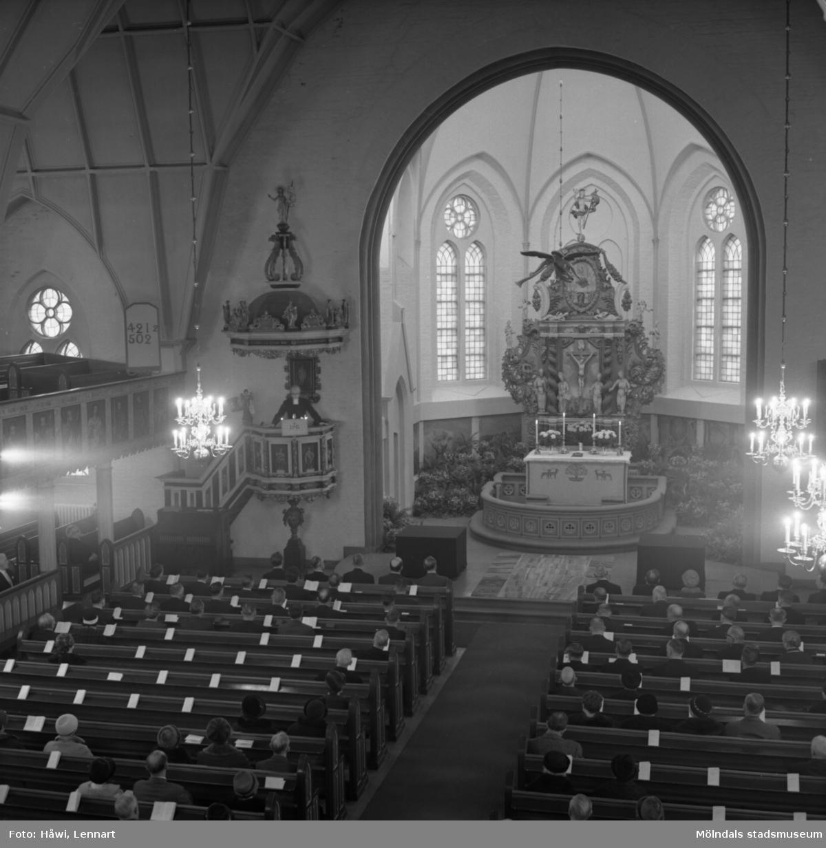 Utdelning av Papyrus minnesgåva 1965. Fässbergs kyrka i Mölndal, 9/11 1965.