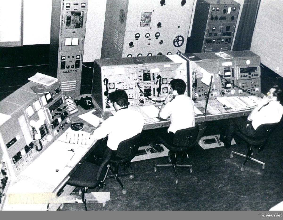 Radiostasjoner telegram ekspedisjon