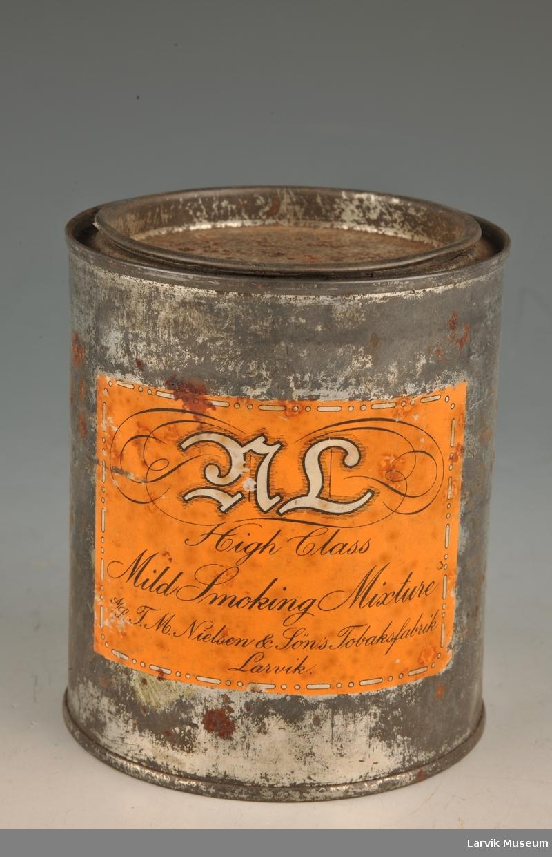 Rulle-tobakk til cigaretter. High Class Mild Smoking Mixture