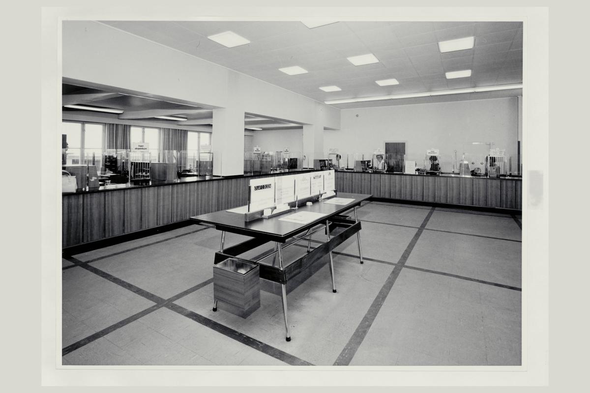 interiør, postkontor, 3007 Drammen, publikumshallen, ekspeditører