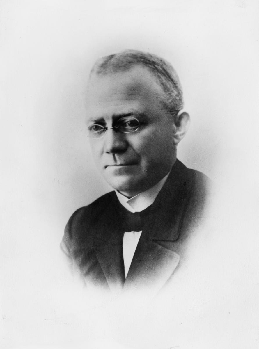 portrett, postmester, Olav Martin Bøe