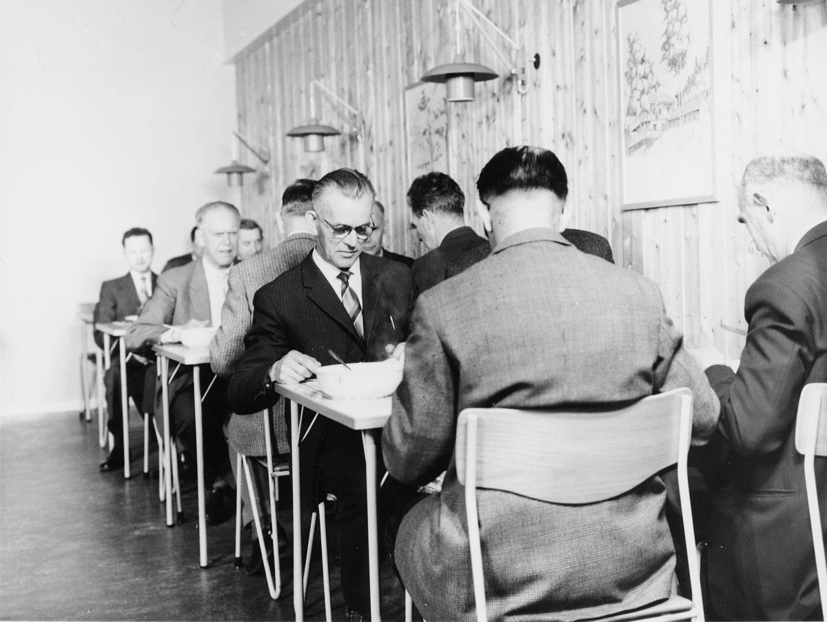 kurs, Skiphelle,  menn, administrasjonskurs 1962, pising