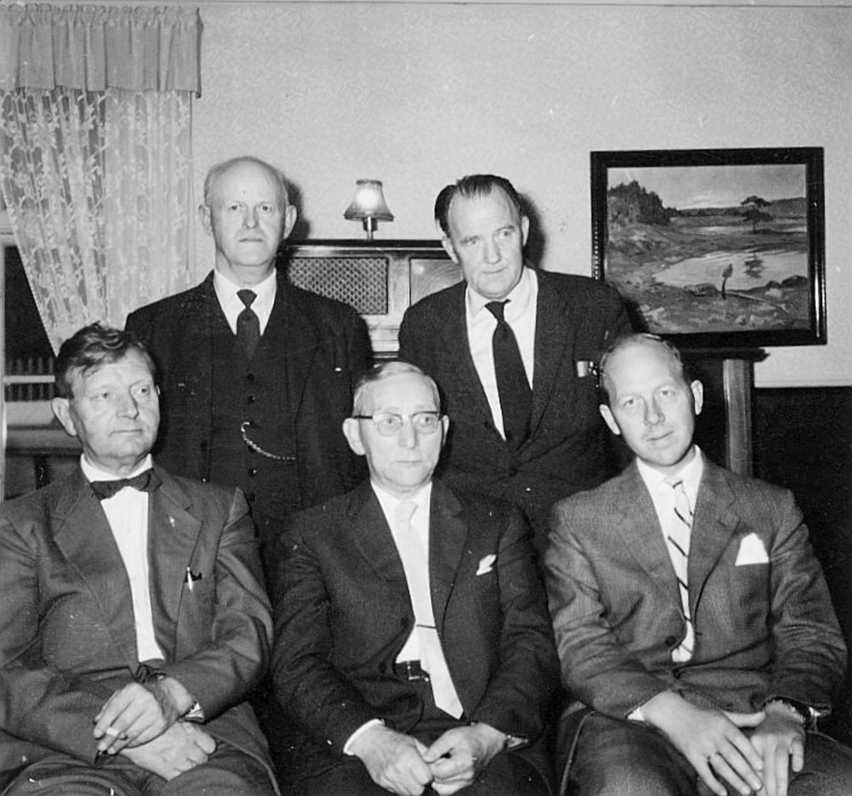 gruppebilde, Postverkets undervisningsråd, Kirkebakk, B.Olsen, N.J. Nilsen, A.Slemstad