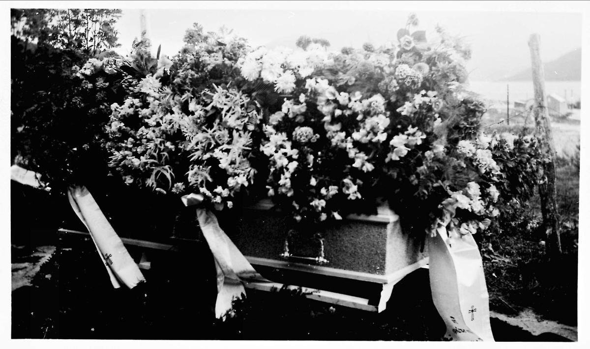 Kiste, blomster