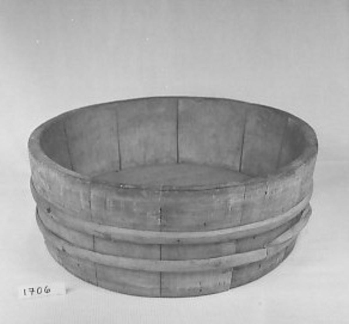 Form: Som 1703, men bare 2 bånd