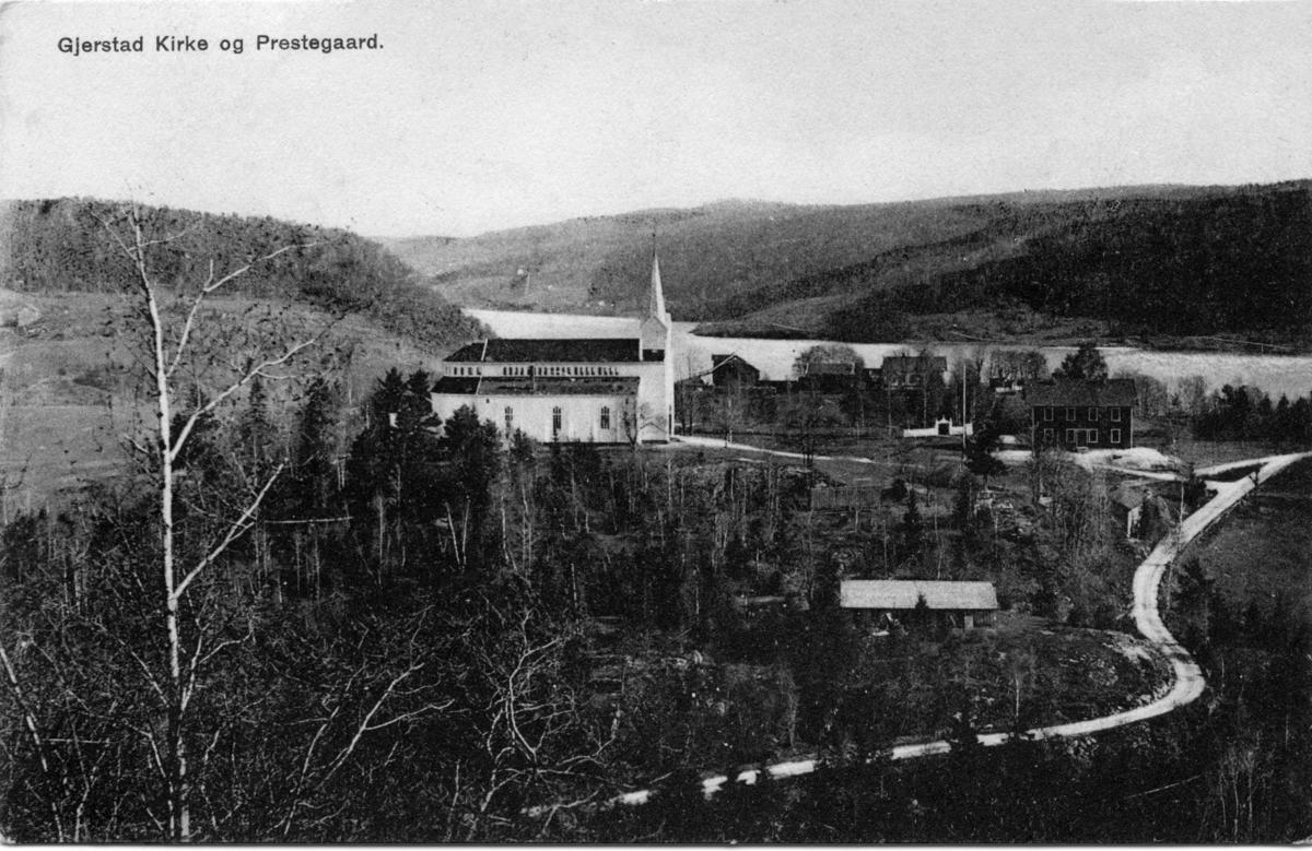 Gjerstad kirke og prestegård