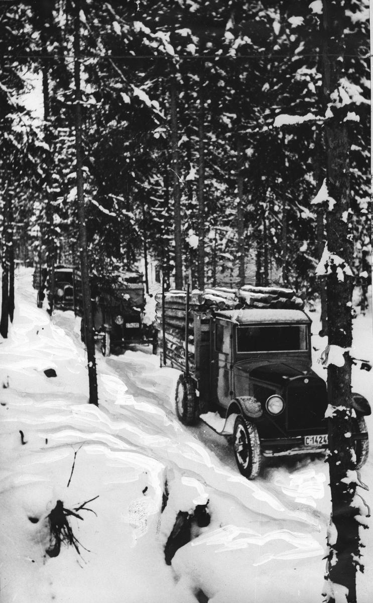 Ljansbrukets første tømmertransport med lastebiler