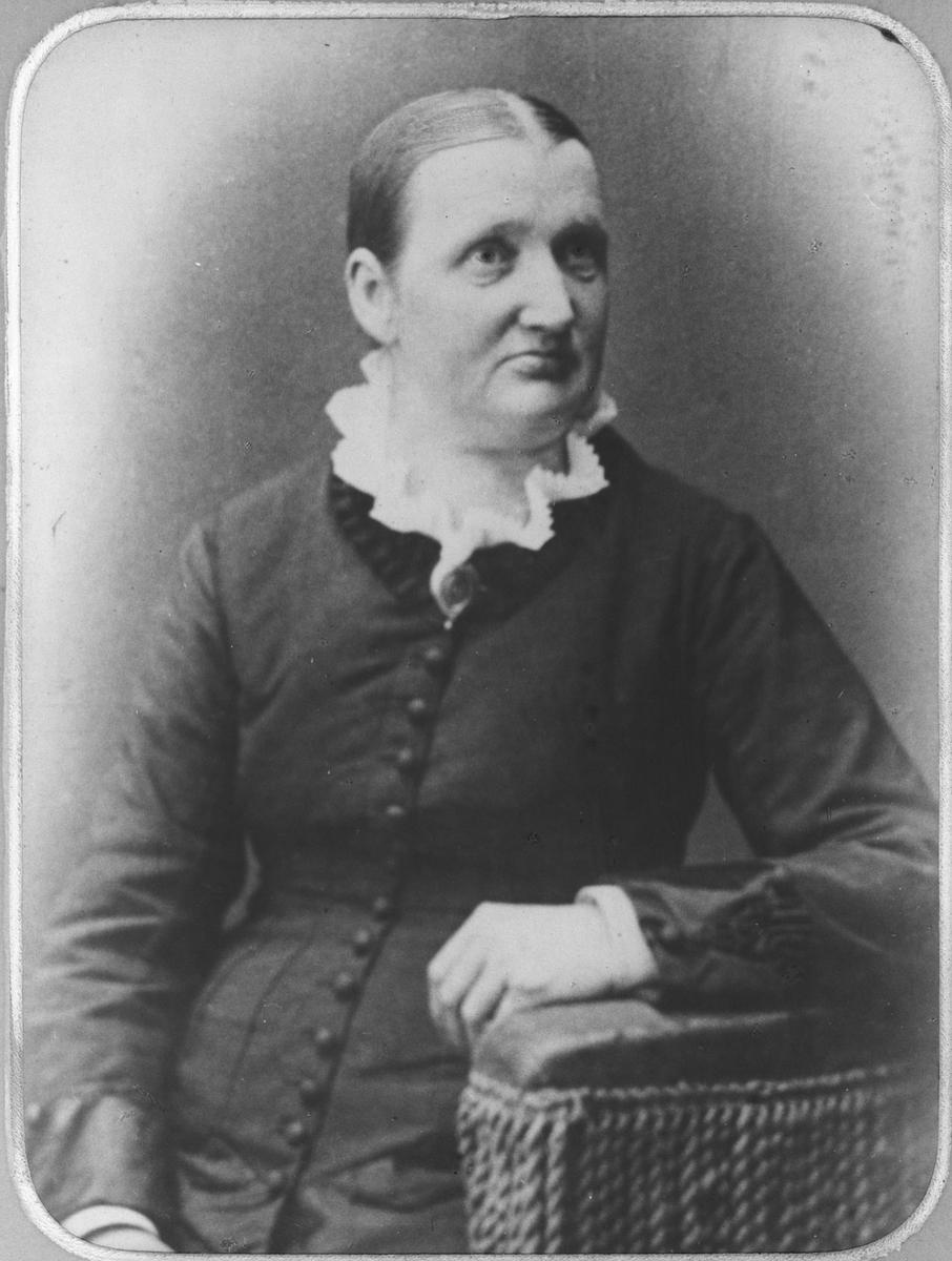 Berte Kristine Henni f.1838.