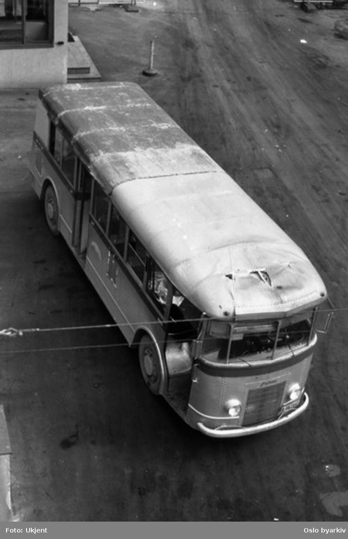 Oslo Sporveier, A-15705 trolleybuss linje 21 ved Sofies plass.