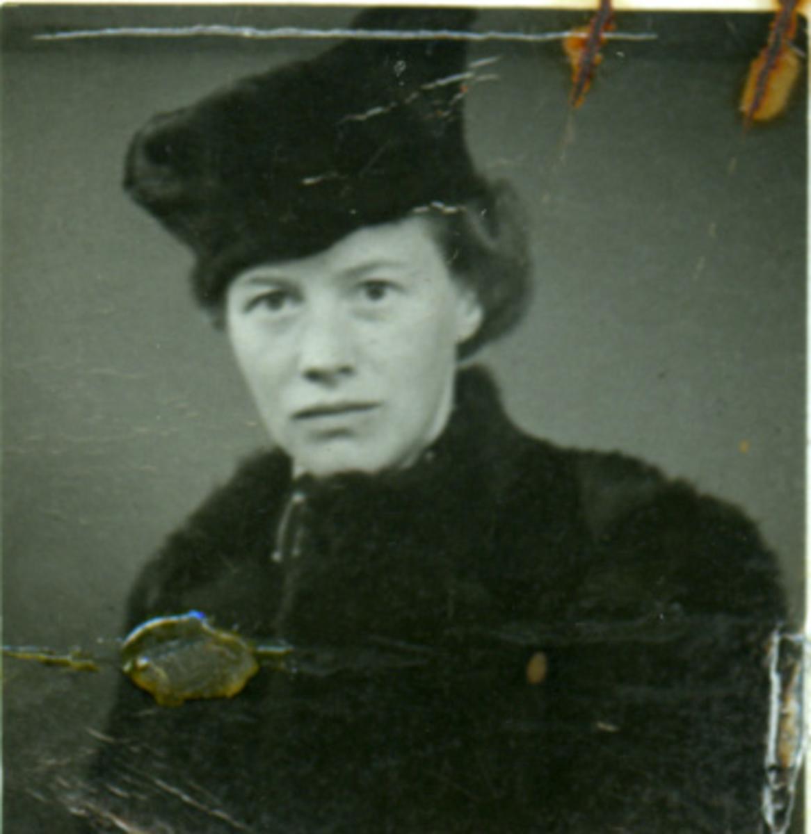 Album Ubåtjager King Haakon VII 1942-1946 Marit Haugene 17.04.1942.