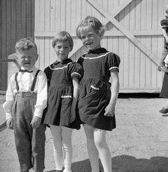 Gruppe 3 barn. Odd Ivar Søberg, Anne Grethe Strandberg og Au