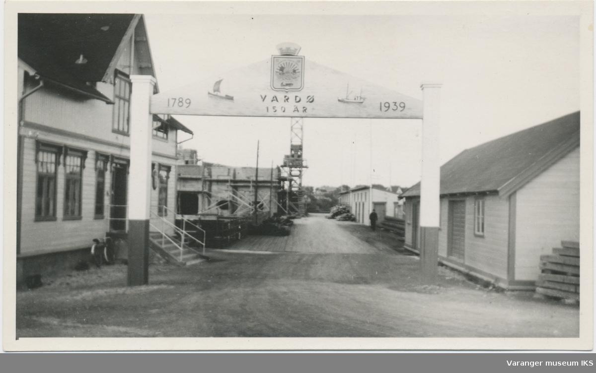 Postkort, Dampskipskaia, 1939, bygging av kjølelageret i bakgrunnen