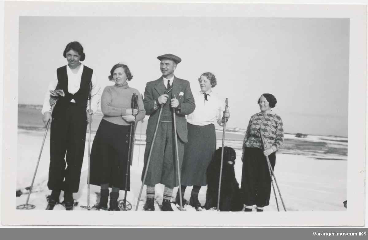 Skitur på fastlandet ved Vardø, 1935