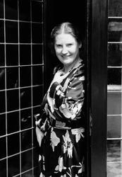 Kirsten Flagstad i sitt hjem i Tidemandsgt. 6, Oslo 1936. Ki